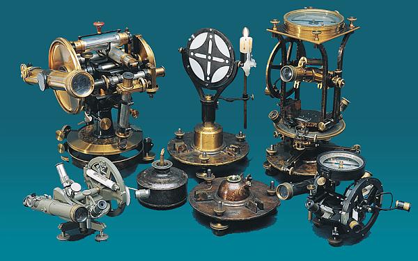 Sammlung historischer geodät. Instrumente - TU Bergakademie Freiberg